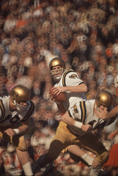 Football Helmet Photograph - Staubach Looks To Pass by George Silk