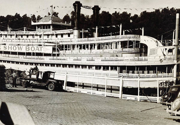 Wall Art - Photograph - Steamboat Capitol, Show Boat, On Mississippi River In Arkansas 1935 by Zal Latzkovich