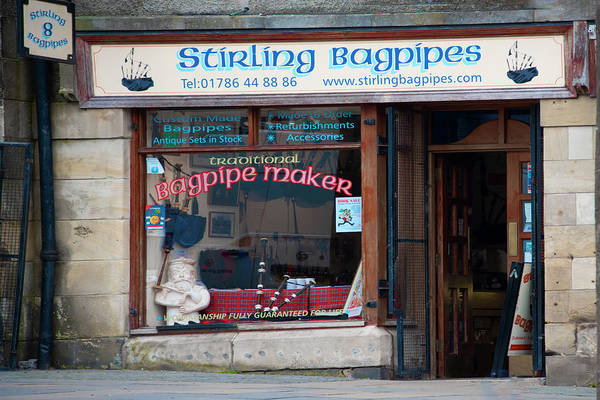 Photograph - Stirling Bagpipes - Stirling Scotland by Bill Cannon