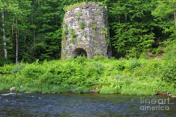 Photograph - Stone Iron Furnace - Franconia New Hampshire Usa by Erin Paul Donovan