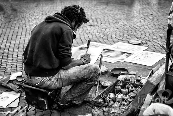 Photograph - Street Artist At Piazza Navona In Roma by John Rizzuto