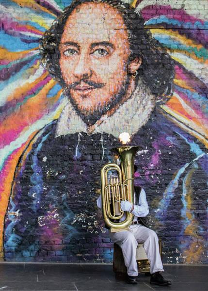 Wall Art - Photograph - Street Performer by Martin Newman