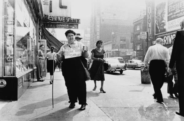 Merchandise Photograph - Street Street In New York On 1960 by Keystone-france