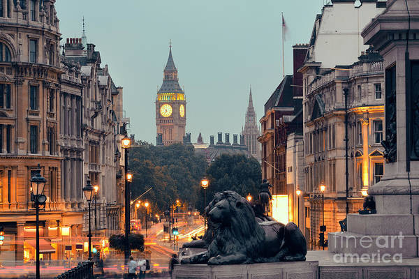 Wall Art - Photograph - Street View Of Trafalgar Square At by Songquan Deng