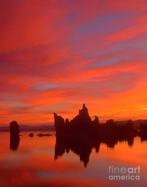 Photograph - Sunrise On The South Tufas Mono Lake California by Dave Welling
