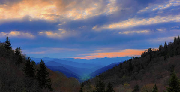 Photograph - Sunrise View Of Oconaluftee Valley by Dan Sproul