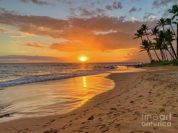 Andrew Jackson Wall Art - Photograph - Sunset At Keawakapu Beach Maui Hawaii by Andrew Jackson