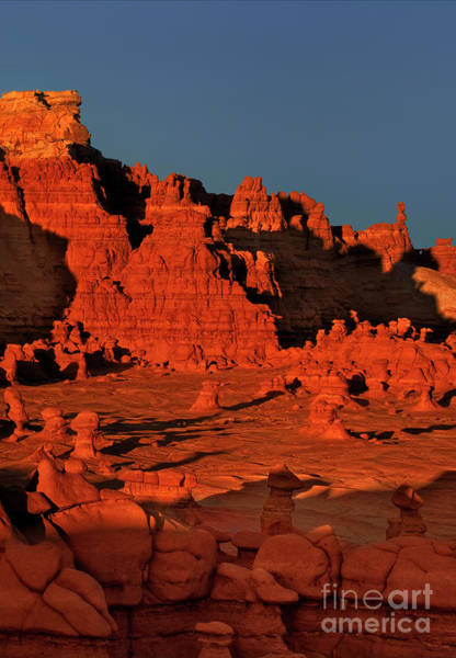 Photograph - Sunset In Goblin Valley Utah by Dave Welling