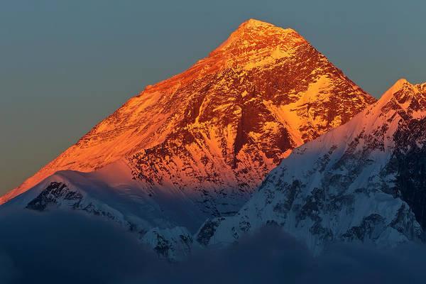 Nepal Wall Art - Photograph - Sunset On Mount Everest by Werner Van Steen