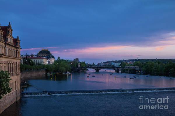 Photograph - Sunset On Vltava In Prague by Les Palenik