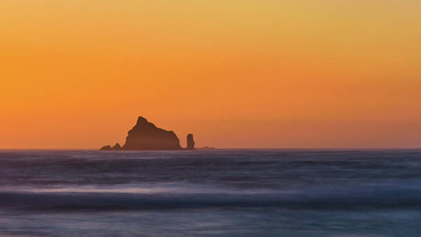 Photograph - Sunset Over The Pacific by Hamish Mitchell