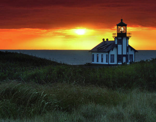 Fort Bragg Photograph - Sunset, Point Cabrillo Lighthouse by Request To License Menka Belgal's Photos Via Getty Images