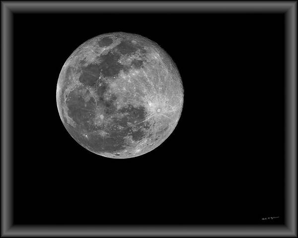 Photograph - Super Moon H1916 by Mark Myhaver