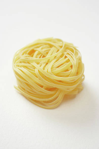 Wall Art - Photograph - Tagliatelle Pasta by Lew Robertson, Brand X Pictures