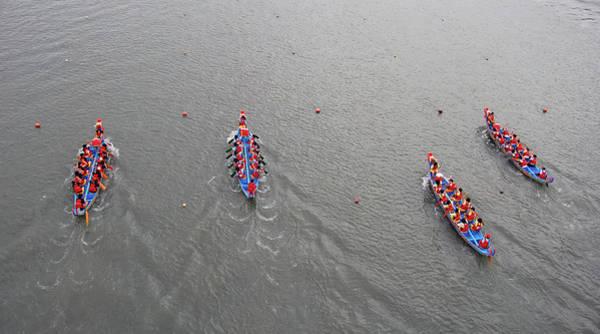Dragon Boats Wall Art - Photograph - Taipei Dragon Boat Festival 30 by I.s.s Photography