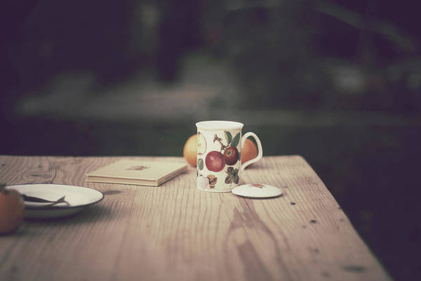 Mug Photograph - Tea In The Garden by Imatge De L'hort De La Lolo