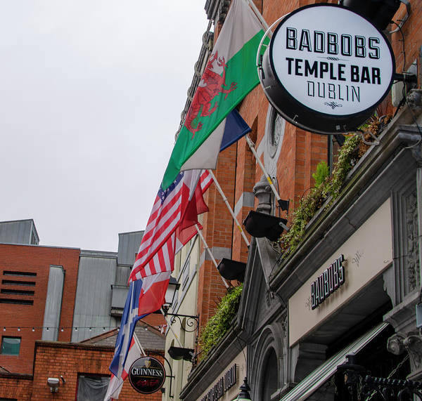 Temple Bar Wall Art - Photograph - Temple Bar - Dublin Ireland - Badbobs by Bill Cannon
