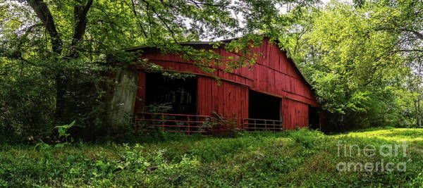 Photograph - Tennessee Red Barn by David Smith