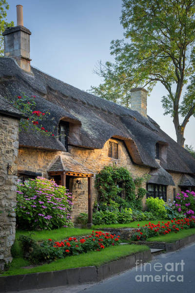 Photograph - Thatch Roof - Cotswolds by Brian Jannsen