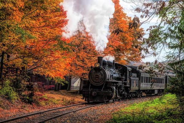 Photograph - The #40 Chugging Through The Fall Colors by Jeff Folger
