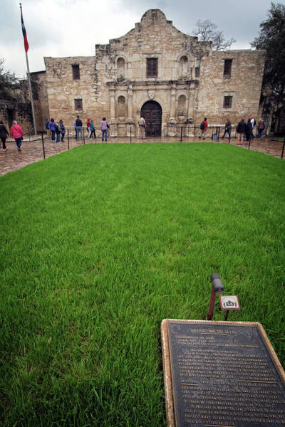 Photograph - The Alamo by George Taylor