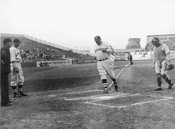 Baseball Photograph - The Babe Scores by Fpg