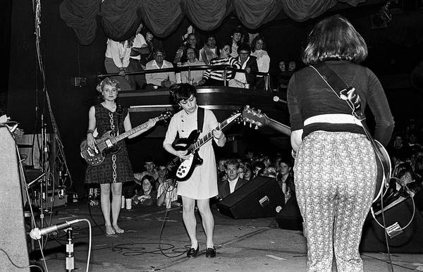 George Steele Wall Art - Photograph - The Bangles In Concert by George Rose