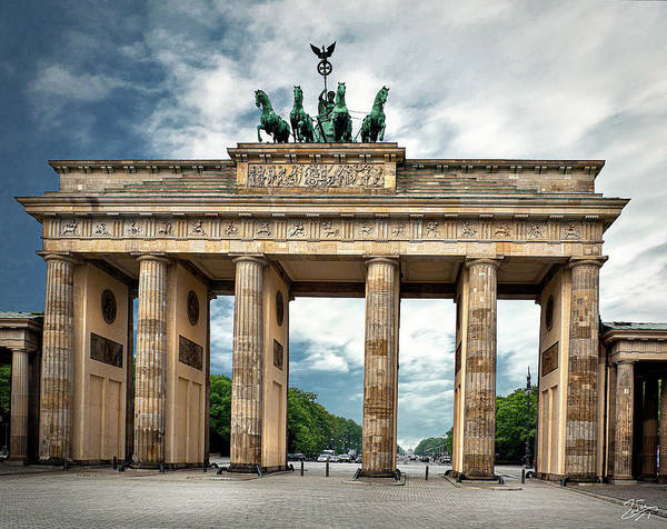 Photograph - The Brandenburg Gate  by Endre Balogh