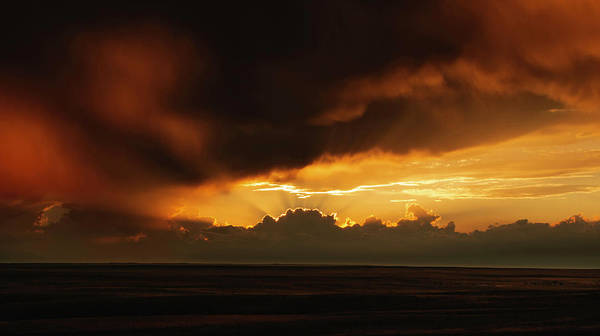 Wall Art - Photograph - The Calming Rays Of A Golden Crown by Brian Gustafson