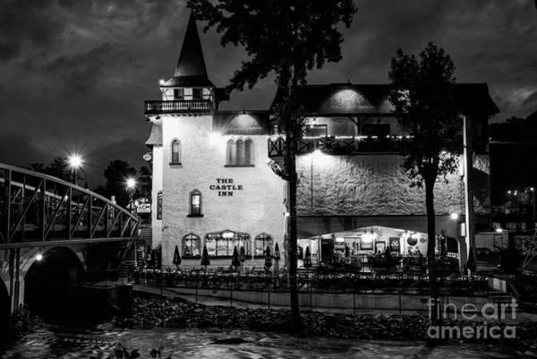 Photograph - The Castle Inn One 2 by Bob Phillips
