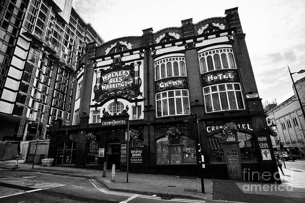 Wall Art - Photograph - The Crown Hotel And Pub Liverpool Merseyside England Uk by Joe Fox