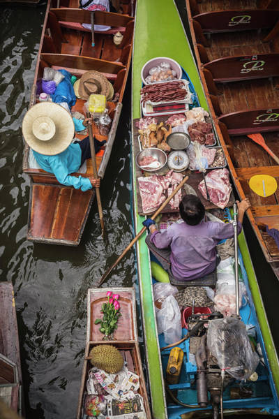 Wall Art - Photograph - The Damnoen Saduak Floating Market by Ed Norton