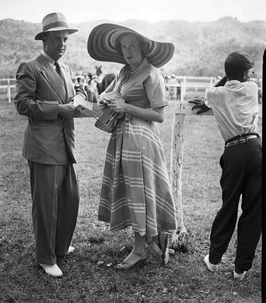 Sun Hat Photograph - The Earl & The Viscountess by Bert Morgan