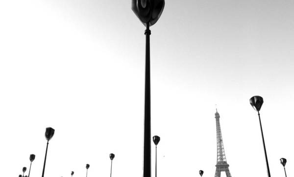 Wall Art - Photograph - The Eiffel Tower by Julien Brachhammer