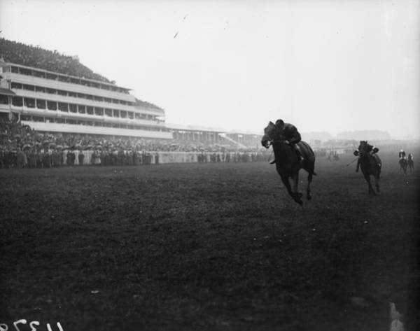 Epsom Derby Photograph - The Final Furlong by Topical Press Agency