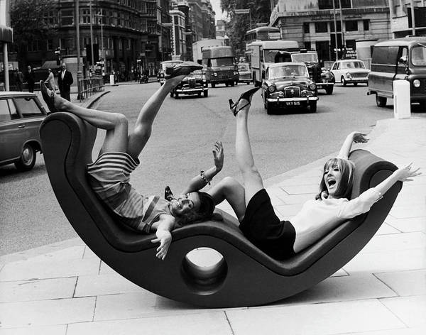 Street Photograph - The Fun Chair 1966 by Keystone-france