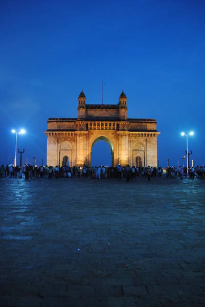 Wall Art - Photograph - The Gateway Of India, Mumbai by In & Outta Space. & Occasionally Reality.