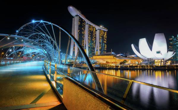 Photograph - The Helix Bridge - Singapore by Nico Trinkhaus