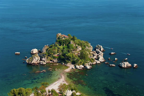 Isola Wall Art - Photograph - The Island Of Isola Bella In Sicily by Peter Adams