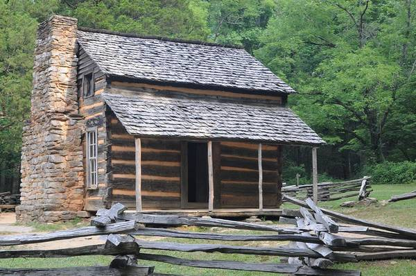 John Oliver Cabin Photograph - The John Oliver Cabin In Cades Cove, Tennessee. by Daniel Ladd