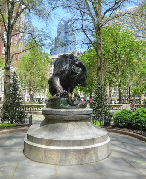 Rittenhouse Square Wall Art - Photograph - The Lion At Rittenhouse Square - Philadelphia by Bill Cannon