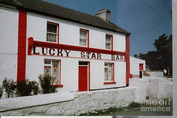 Painting - The Lucky Star Bar, Kilronan, Aran by Val Byrne