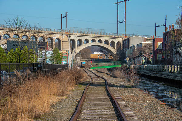 Wall Art - Photograph - The Manayunk Bridge And Train Tracks by Bill Cannon
