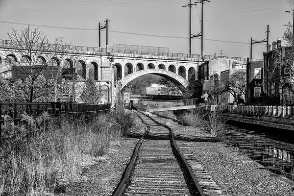 Wall Art - Photograph - The Manayunk Bridge And Train Tracks In Black And White by Bill Cannon