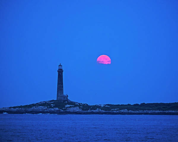 Photograph - The Moon Rises Over Thacher Island Lighthouse Rockport Ma 2 by Toby McGuire