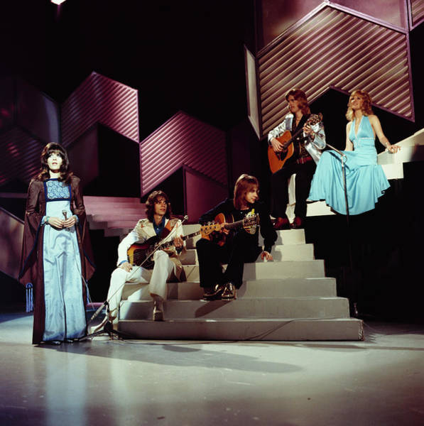 The New Seekers Perform On Tv Show Art Print