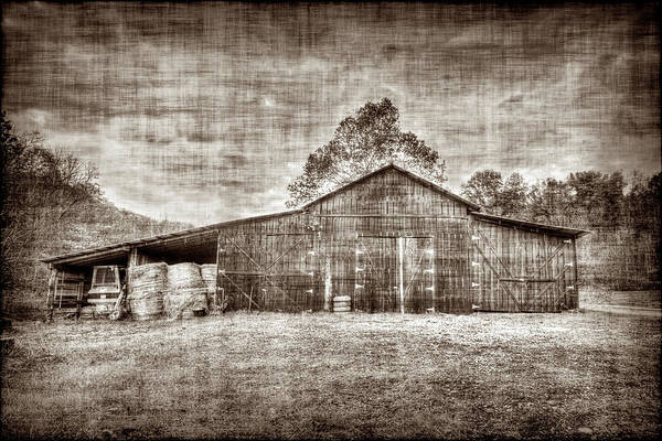 Photograph - The Old Barn by Dan Friend