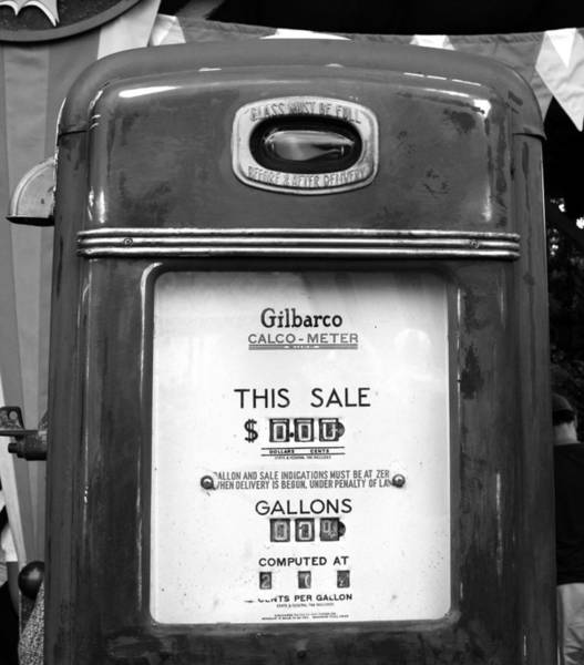 Wall Art - Photograph - The Old Gas Pump by David Lee Thompson