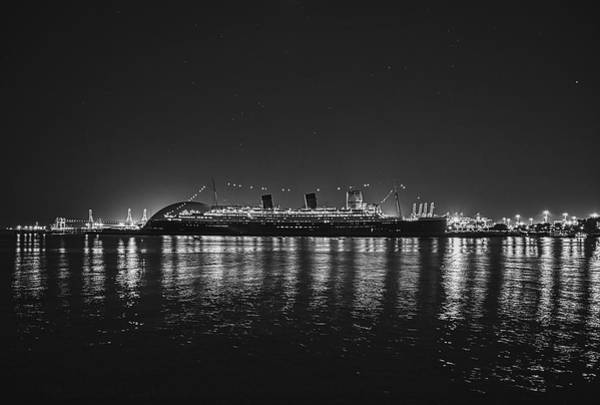 Photograph - The Queen Under The Stars - B And W by Gene Parks