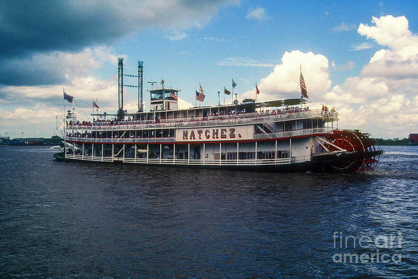 Photograph - The Riverboat Natchez by Bob Phillips